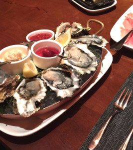 Delicious platter of oysters